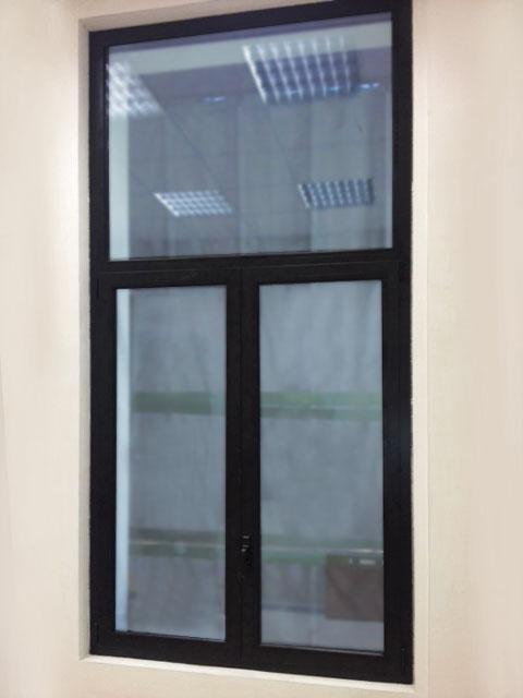 Serramenti alluminio - Pellicola riflettente per finestre ...