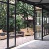 Aperture in vetro con parti fisse e aperture modulari